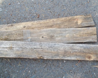 Weathered Boards, 9 pieces, 3 3/4-in 23 1/2-in, for crafts or display backing