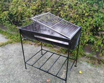 Charcoal grill / barbecue Uruguay, medium tank.