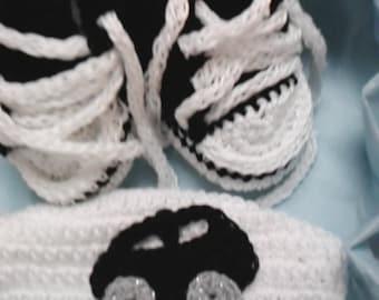 Crochet All Star Chuck Taylor booties tennis