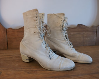 """Antique 1910 Victorian Edwardian White 9"""" Granny Boot Ankle Boots with Dunlop Peerless Rubber Heel Toronto Canada Size 10 Narrow"""