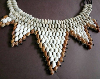 High Street Designer Cowrie Sea Shell Statement Necklace.