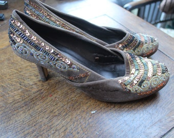 Suede decorated Ladies shoes size 7 REF311
