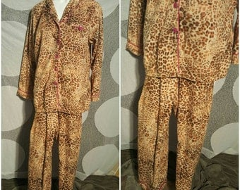270---Cozy womens pajamas-Size 2X-Plus size fashion-Skitrip-Winter-Snuggle up-Gift for mom-Maternity-Fun-Pink decoration-Leopard print