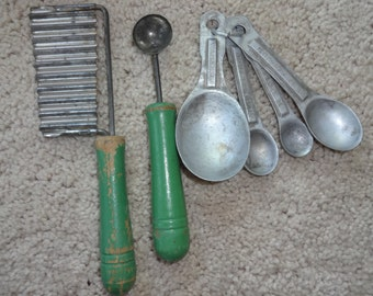 Vintage Kitchen Utensils 1940's