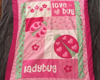 Love bug blanket and pillow set