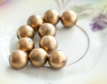 Rustic Gold Round Beads Vintage Recycle Salvage Lot of 10   12 mm