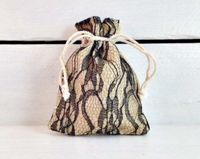 Black Lace Burlap Favor Bag, Elegant Lace Wedding Favor Bag, 4x5 Burlap Favor Bag, Burlap Wedding Favor Bag, Rustic Wedding Favor Bag