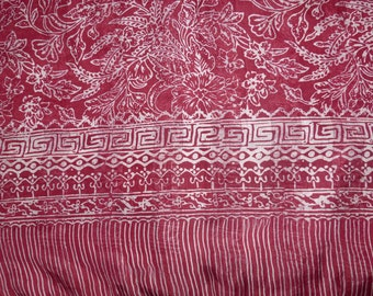 Large dark red and white ref. silk scarf L29