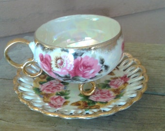 Beautiful Vintage Teacup and Saucer Set, by Royal Sealy