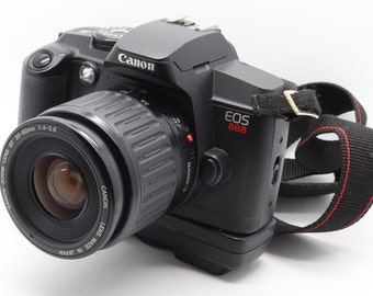 Canon EOS 888 (5000) 35mm SLR with two Canon EF lenses (35-80mm + 100-200mm) - Very Good Condition and Tested