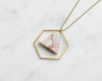 CA chain marble triangle red rose + brass