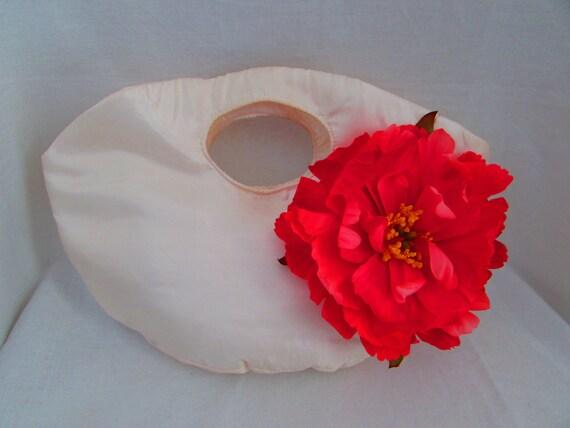 Oval Bridal Clutch