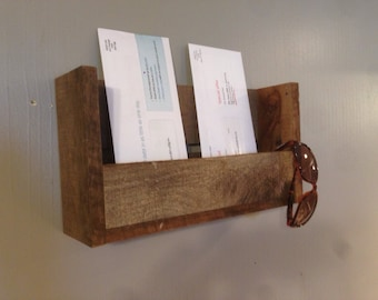 Mail Holder/Mail Organizer/Letter Holder/Entry Organizer/wall hanging/pallet/rustic/barnwood/magazine rack/sunglass storage