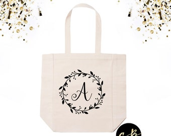 Personalized Monogram Wreath Tote Bag // Personalized Tote Bag // Wedding Totes// Bridal Party Gifts //Personalized Bridesmaid Tote // CRW01