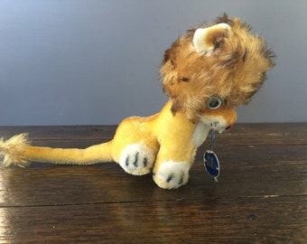 Small Anker Mohair Lion with Google Eyes & Original Tag / Vintage Germany