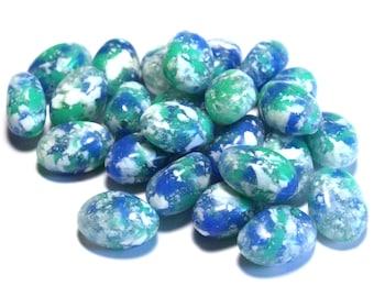 25 Vintage Green Blue White Beads, Vintage Plastic Beads, Plastic Blue Beads, Plastic Green Beads, Speckled Vintage Beads, Oval Beads
