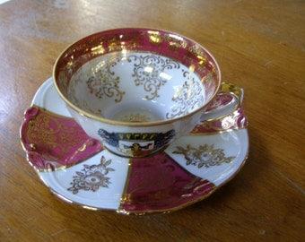 Vintage Munchen Bavaria Munich Germany Demi Tasse Cup & Saucer
