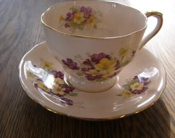 Vintage Aynsley England Bone China Tea Cup & Saucer Floral design
