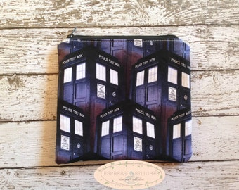 Zipper pouch - police box, Dr. Who