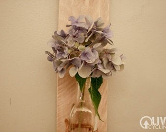 Wall Vase Without Flower