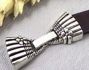 Clasp clip handbag decorated silver leather 10mm