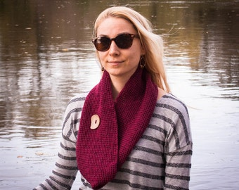 Burgundy Hand Crochet Neckwarmer With Button / Red Vine Color Fall Winter Neckwear / Double Wrapped Burgundy Red Shawl / Winter Fashion Gift