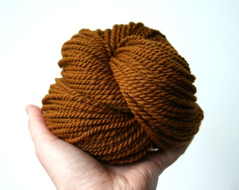 "Handspun Yarn - ""Auburn"" - Merino Wool Yarn - Brown Yarn - Copper Yarn - Bulky Yarn - Felicity Yarn"