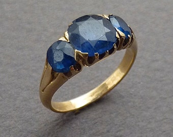 14 k gold .2 .10ct blue sapphires ring size 5