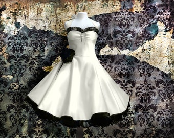 Lovely wedding dress with blck lace details