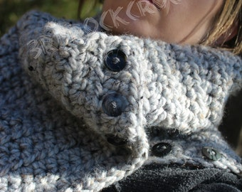 OVERSIZED chunky cowl/scarf