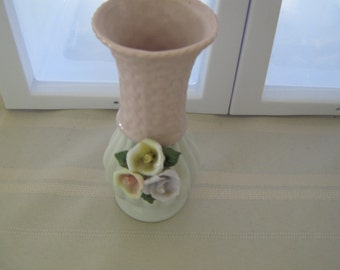 2 Great little Vases made in China