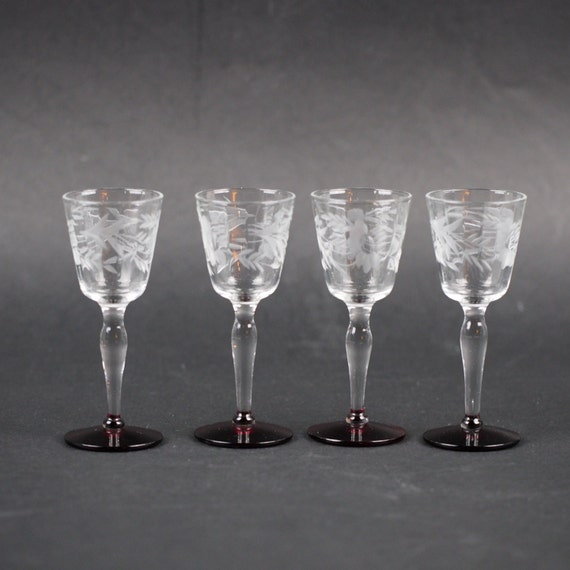 cordial glass footed