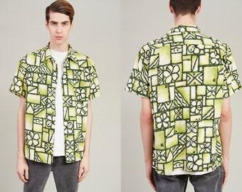 1970s Green Floral Pattern Hawaiian Shirt • M