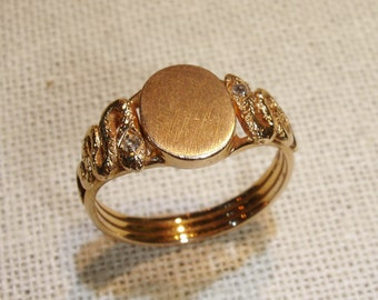 1930's Double Snake Signet Ring With Diamond Crowns in 18kt Yellow Gold
