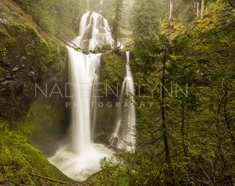 Waterfall Washington Creek