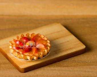 Dollhouse Miniatures Apple Tart