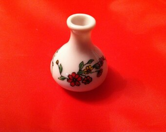 Dollhouse Miniature Ceramic Vase - FREE U.S. SHIPPING