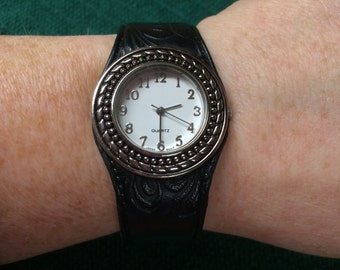 Vintage Silvertone and Black Leather Cuff Wrist Watch with New Battery
