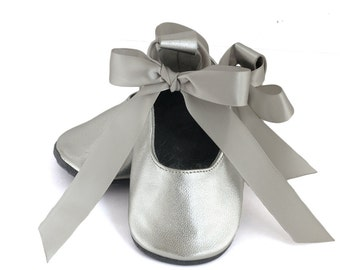 Silver baby ballet flats, baby girl shoes, flower girl shoes, baby shower gift, birthday shoes, shoes for baby girl, ballet shoes for girls