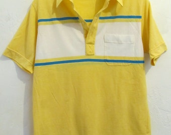 A Men's Vintage 80's,SPORTY Yellow Short Sleeve Polo Shirt By KNIGHTSBRIDGE.S