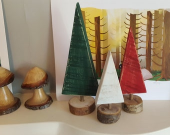 Wooden DIY Christmas Tree set of 3 - Green, Red and White - Christmas Tree Mantle Decoration - Christmas Decor - Mini Wooden Trees