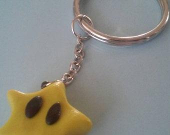Super Mario Star keychain