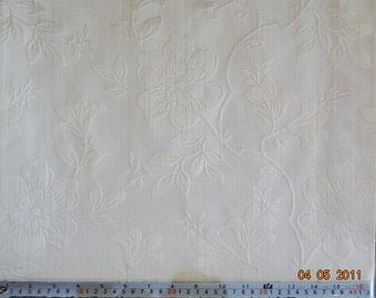 Large Flower Pattern Fabric in Cream with Gold Shade