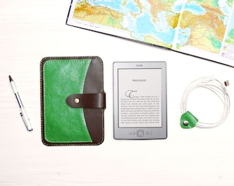 Brown/Green Genuine Leather Kindle Case