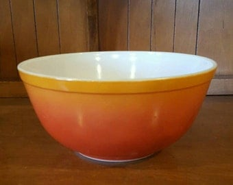 Vintage Pyrex Orange to Red Flameglo Hombre #403 Mixing Bowl