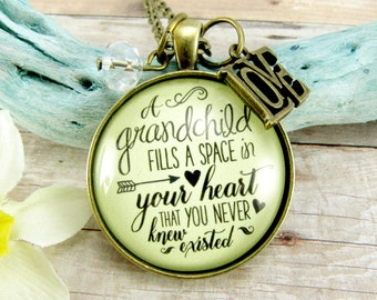 Grandmother Granddaughter Jewelry 'A Grandchild Fills a Space in Your Heart' Gift for Grandchild Grandma Vintage Style Pendant, Love Charm