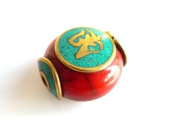 Ethnic bead puck Tibetan-Nepalese PEK 044-030