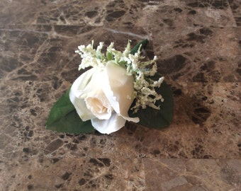 Ivory boutonnieres /silk flower/wedding / Ivory /groom boutineer/prom flowers