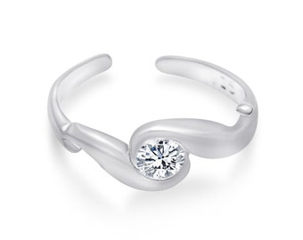 Abstract Round cubic zirconia sterling silver .925 hand casted toe ring.