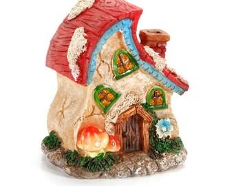Resin Fairy Garden House - 3.9 x 3.4 x 4.2 inches x 1 piece  1613-218